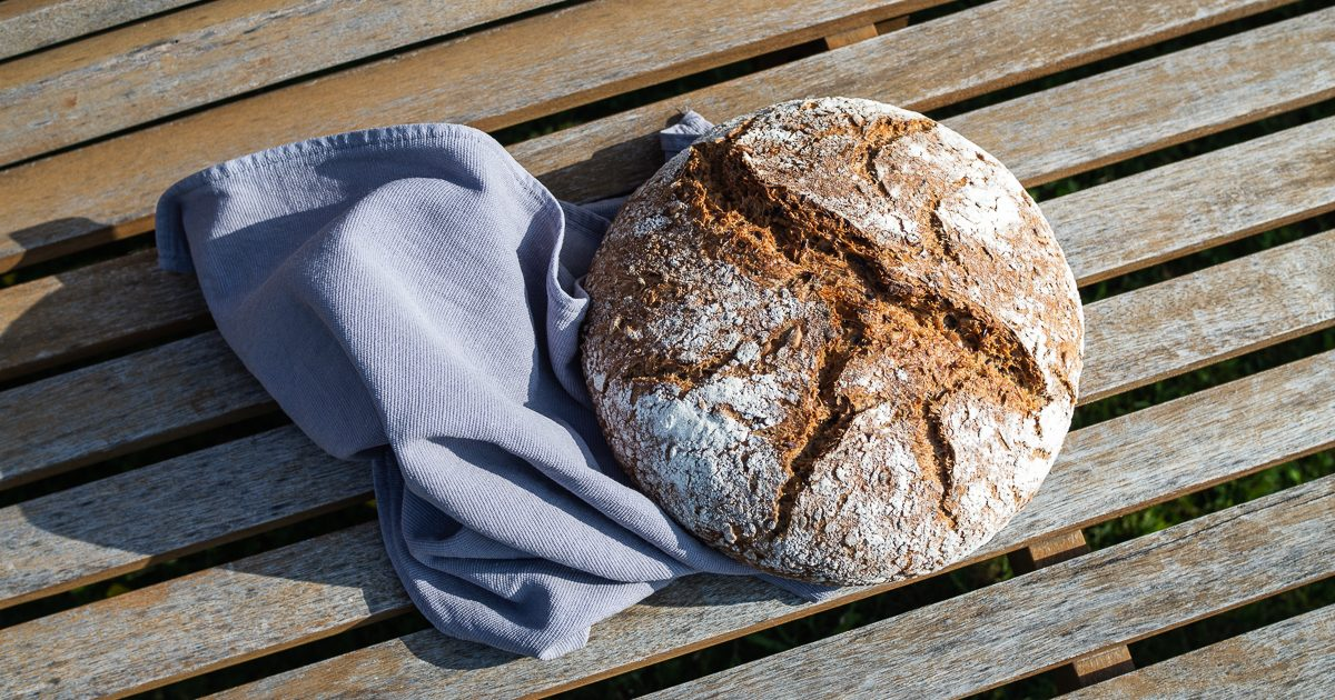 Topfbrot / No-Knead-Bread: Kochlöffelbrot mit Saaten